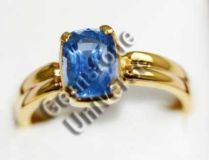 Natural Ceylon Blue Sapphire of 2.92 carats set in 22KDM Hallmarked Gold ring.Gemstoneuniverse.com