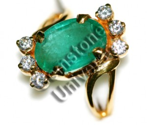 Emerald and Diamond set in a 22KDM Gold ring!Gemstoneuniverse.com