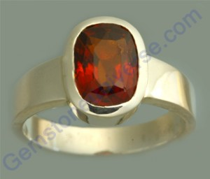 Natural Untreated Ceylonese Hessonite of 3.29 carats Gemstoneuniverse.com