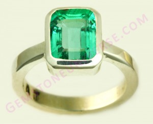 Natural Untreated Colombian Emerald of 1.72 carats Gemstoneuniverse.com