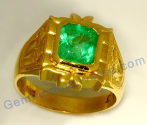 Lively and Vibrant Korean grass juice color Colombian emerald set in antique 18th century Golconda/Andhra Style Gold Ring. Emerald-The gemstone of Mercury!. Gemstoneuniverse.com