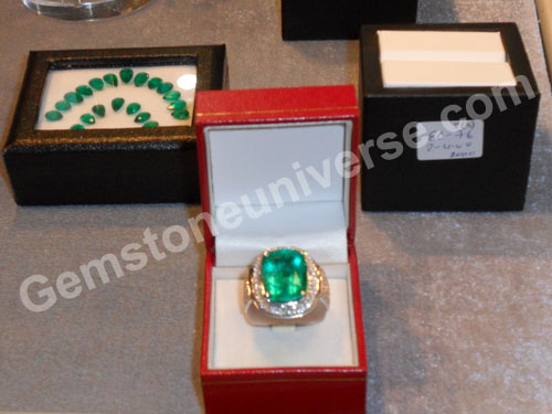 Where is the show stopper? Here it is. Pride of the show 47 carats emerald surrounded by Diamonds. Bought by a patron on the last day of the show. Gemstoneuniverse.com