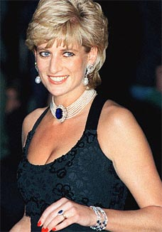 The lovely princess Diana-Princess of Wales sporting her Blue Sapphire Diamond Engagement ring.