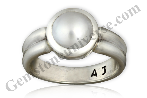 Natural Pearl of 2.65 carats Gemstoneuniverse.com