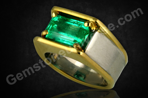 Natural and Unenhanced Colombian Emerald 3.30 carats Gemstoneuniverse.com