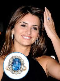 Penelope Cruz and her Blue Sapphire Diamond ring