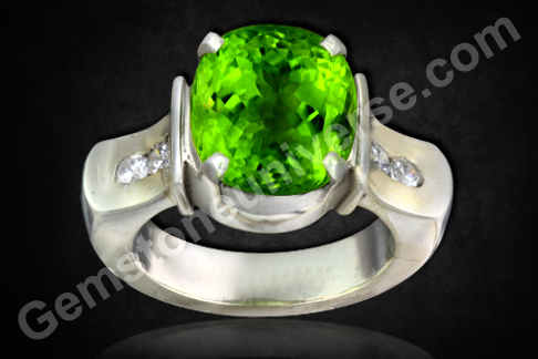 Peridot of 7.18 carats Astrological Uparatna for Mercury Budh Gemstoneuniverse.com