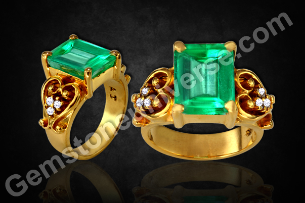 Emerald Diamond Ring with Natural-and-Unenhanced-Colombia-Emerald-4.96-carats-Gemstoneuniverse.com_
