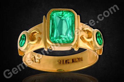 Emerald rings Colombian emeralds rings for Mercury energies as per birthstone astrology emerald gemstones