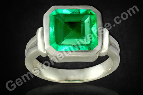 Natural Emerald of 2.98 carats (Unenhanced Colombian )Gemstoneuniverse.com