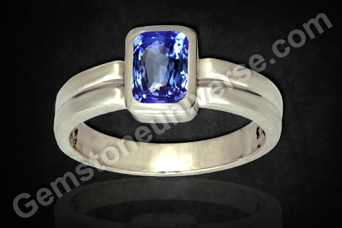 Natural Unheated Blue Sapphire of 2.46 carats Gemstoneuniverse