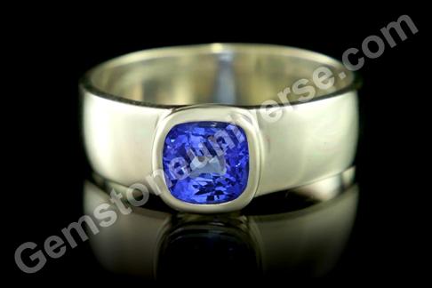 Natural Blue Sapphire of 1.89carats Gemstoneuniverse