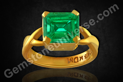 Natural Colombian Emerald of 2.93carats Gemstoneuniverse.com