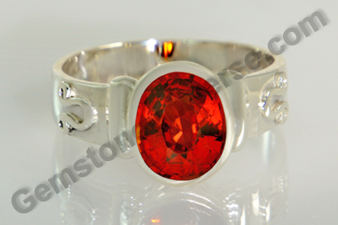 Natural Hessonite of 3.73 carats Gemstoneuniverse