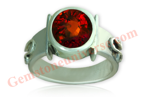 Hessonite ring with the sacred symbols of Rahu-Courtesy Gemstoneuniverse