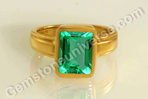 Natural Colombian Emerald of 1.96 carats Gemstoneuniverse.com