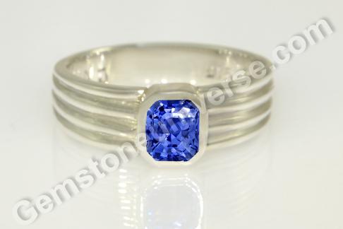 Natural Blue Sapphire of 2.02 carats Gemstoneuniverse