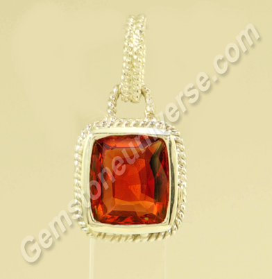 Natural Hessonite of 2.89 carats Gemstoneuniverse