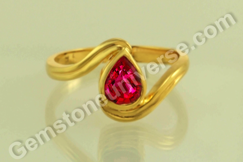 Natural Ruby of 1.03 Carats Gemstoneuniverse.com