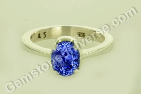 Natural Blue Sapphire of 3.78 carats Gemstoneuniverse
