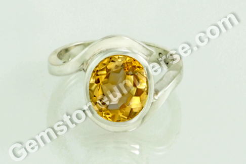 Imperial Golden Yellow Topaz of 3.36 carats for Jupiter Vedic Energies