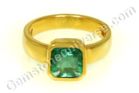 Natural Zambian Emerald of 1.69 carats Gemstoneuniverse.com
