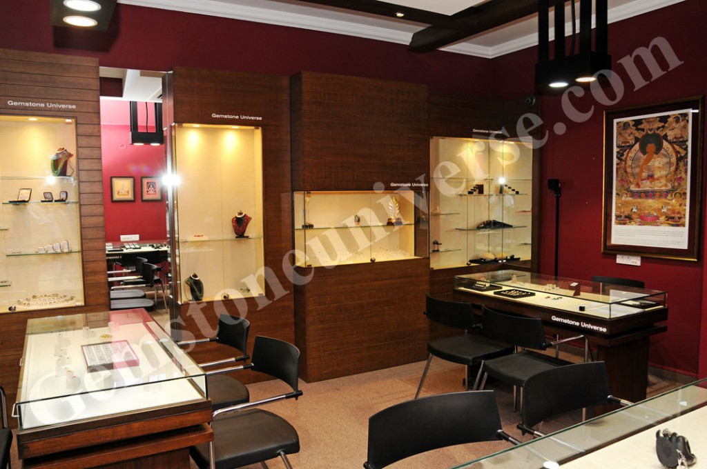 A section of the gallery showcasing fine untreated Gemstones from the best mines of the world under the august blessings of Ratna Sambhava.
