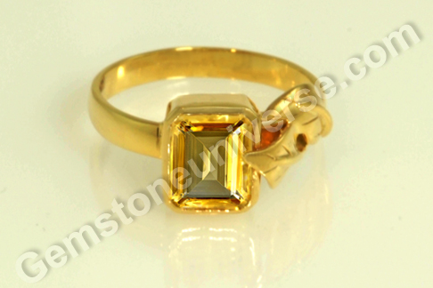 A Fine Natural Radiation free Yellow Topaz from the Gemstoneuniverse collection