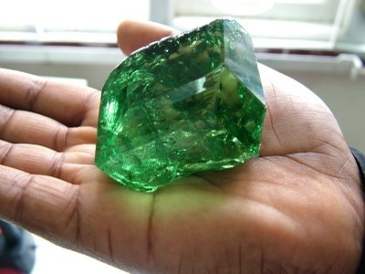Partly Cut Emerald Pic Courtesy Daniel Carniglia