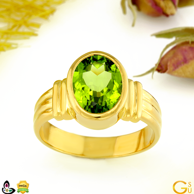 Fine High Quality Natural Untreated Peridot ring from the Gemstoneuniverse collection of Fine Gemstones