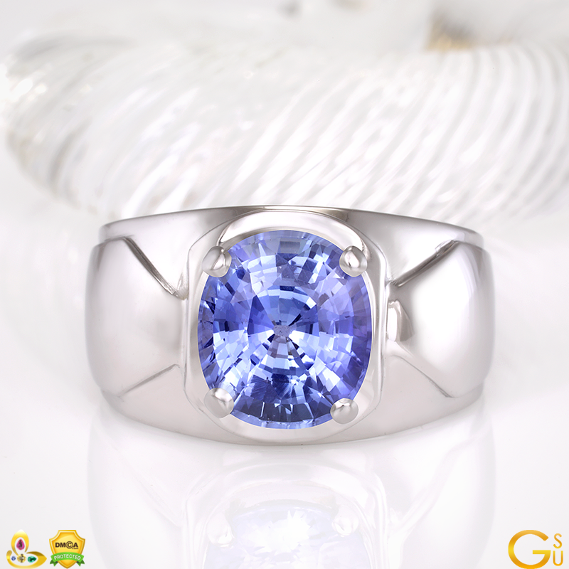 Sensational Blue Sapphire of 5 plus carats