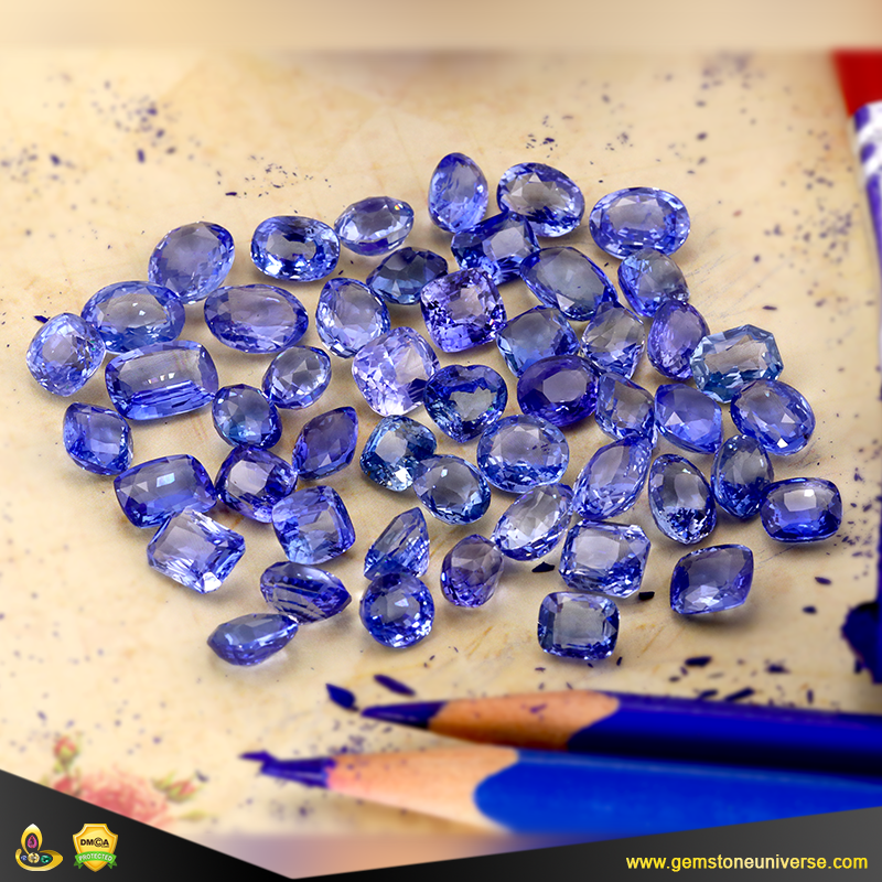 Fine Flawless Unheated Sapphires from Srilanka from the Gemstoneuniverse collection of Fine Gemstones