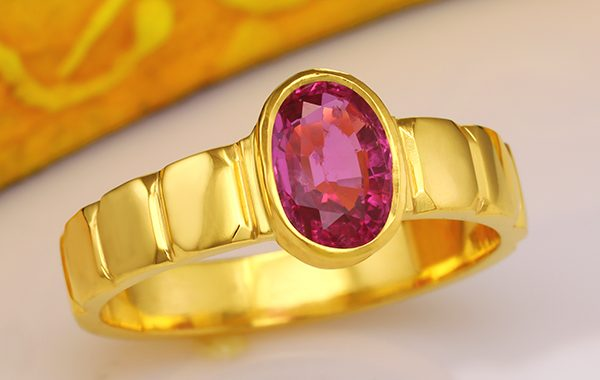Can an Iron Ring and a Ruby Gemstone be worn together?