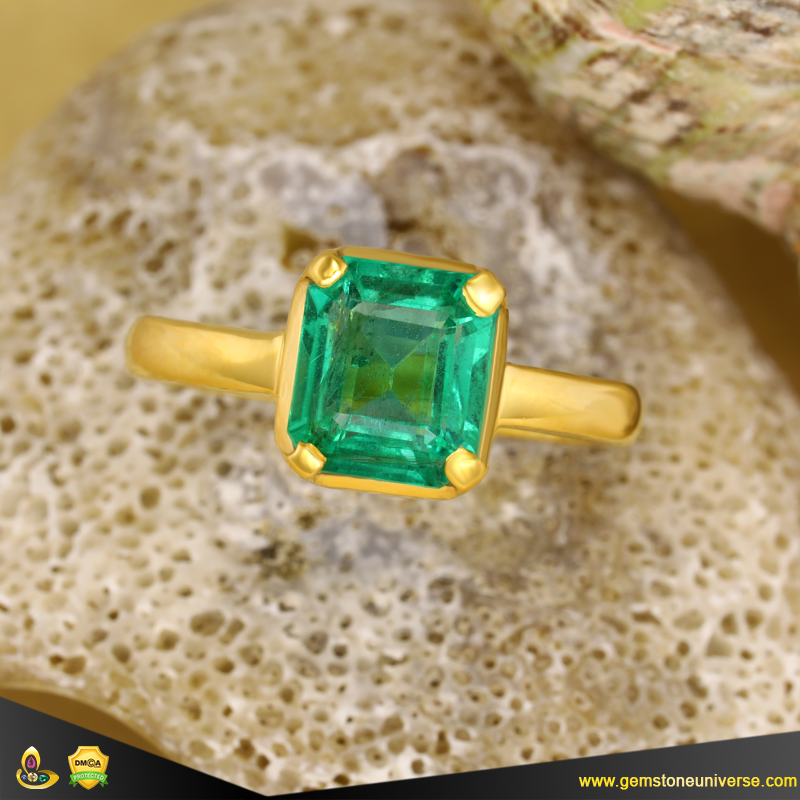 Exceptional Colombian Emerald Epitome of Jyotish Gemstone