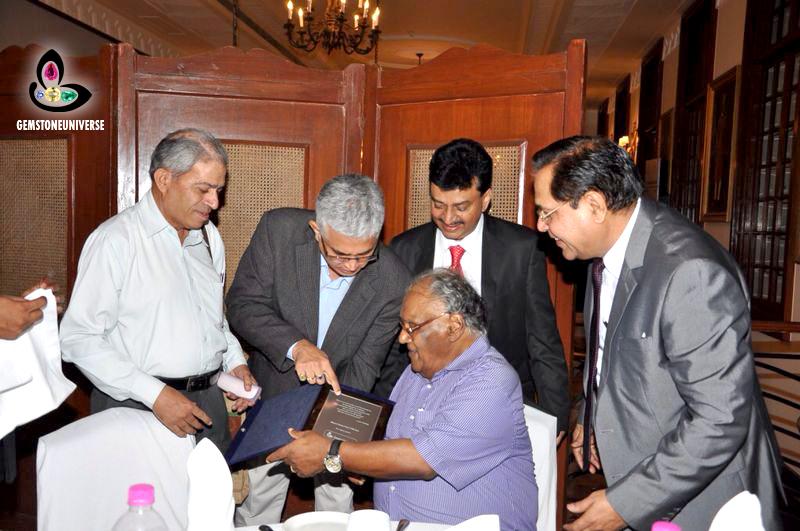 """Gemstoneuniverse Awards"""" Maharatna Award"""" to Bharat Ratna Prof. Dr. CNR Rao"""