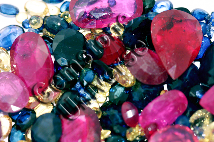 Gemstone Color Therapy   Healing Gemstones and Color Therapy