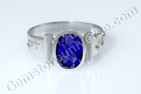 Iolite Gemstone & Importance of Color in Iolite Stone