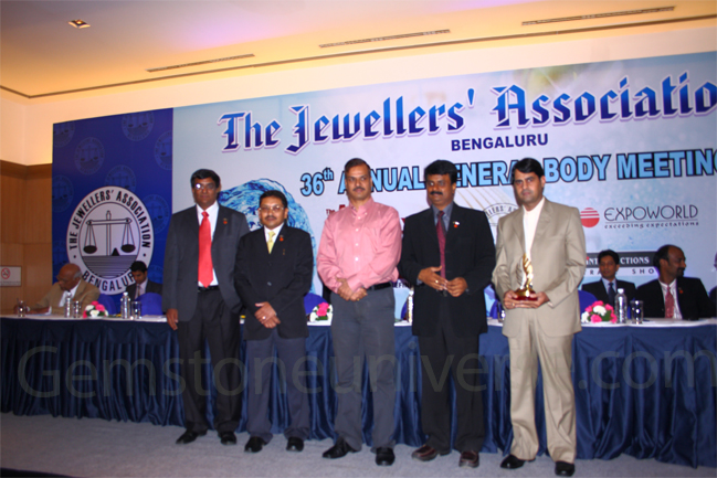 : Mr. Raghav Hawa-Manager, Processes-Gemstoneuniverse, with the chief Guest Mr. Alok Kumar, the Joint Commissioner of Police (Crime), Bangalore, Mr. P. V Mahesh President of Bangalore Jewellers Association and other industry captains.